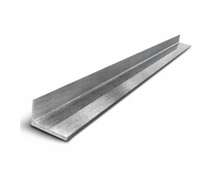 Уголок металлический 35х4мм, вес 2,167кг/1м.п., длина 9м.